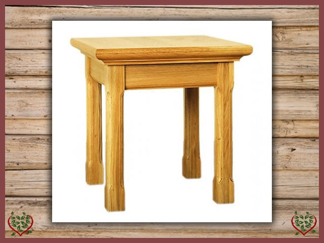 COURTIER OAK LAMP TABLE | Paul Martyn Furniture UK
