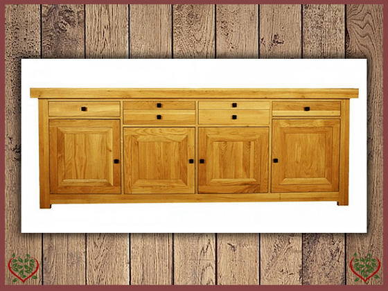 AUBUSSON OAK 4 DOOR SIDEBOARD | Paul Martyn Furniture UK