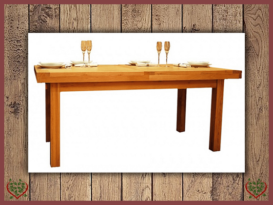 AUBUSSON OAK 1.5M EXTENDING DINING TABLE Paul Martyn Furniture UK