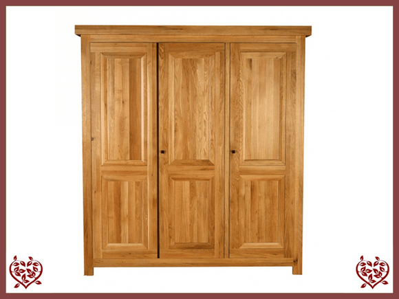 AUBUSSON OAK 3 DOOR WARDROBE - paul-martyn-furniture