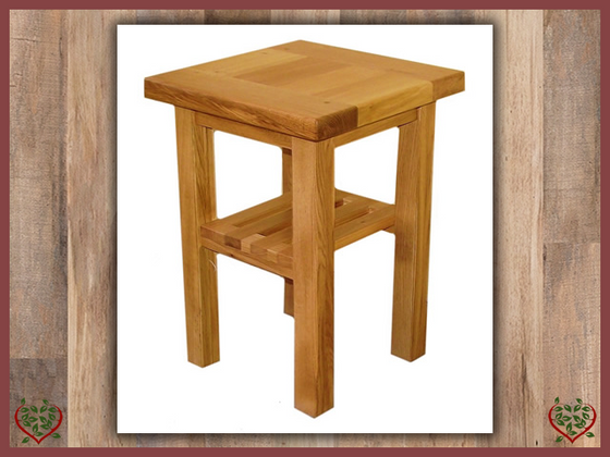 MATLOCK OAK LAMP TABLE | Paul Martyn Furniture UK