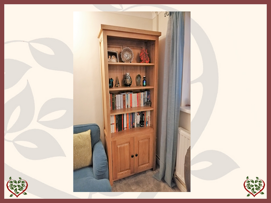 OAK BOOKCASE | Made To Measure