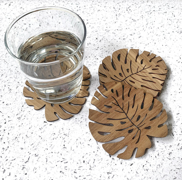 Wooden coasters - Monstera leaf design