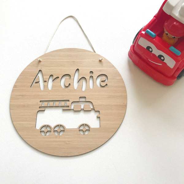 Personalised fire truck round plaque/wall hanging - 19cm or 29cm