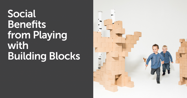 Social Benefits from Playing with Building Blocks