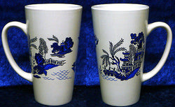 Blue Willow Pattern ceramic large latte mug  3/4pt capacity