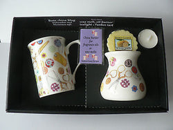 Sewing Mug & oil burner gift set - Gift boxed mug, oil burner Yankee melt t.lite