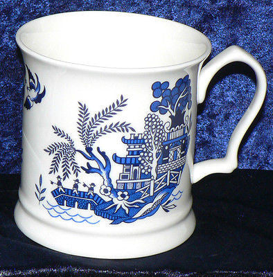 Blue Willow pattern Bone China tankard