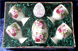 Egg cup gift set roses design - 4 china egg cups & china egg salt and pepper
