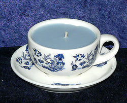 Demi (Mini) Espresso cup and saucer blue willow pattern filled with scent candle