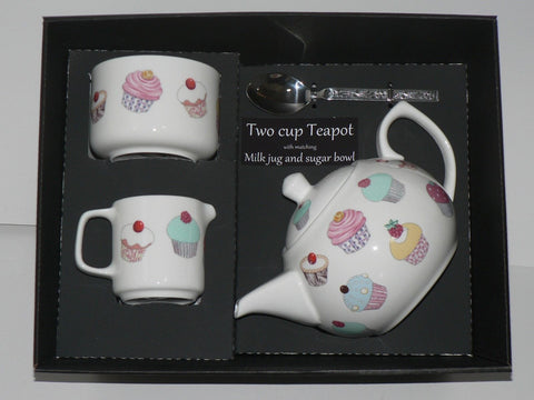 Cupcake 2 cup teapot,Milk & Sugar gift boxed. Teapot, matching milk and sugar