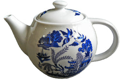 One cup teapot blue willow design, holds just 1 cup of tea perfect for one person