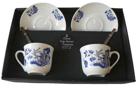 Blue willow pattern set of 2 cups and saucers gift boxed with teaspoons