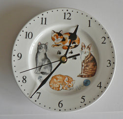 Cats & kittens wall clock porcelain wall clock with different cats