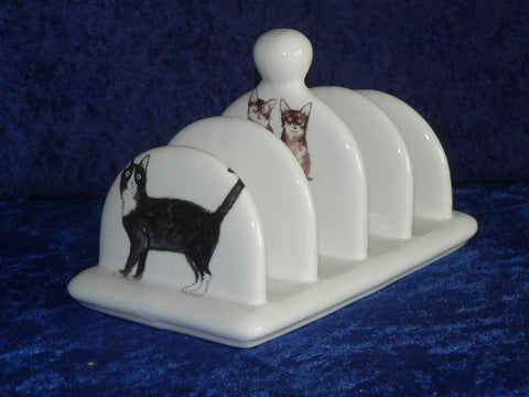 Cat design ceramic toast rack.