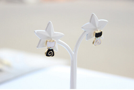 Lovely Lollipop White and Black Cat Earrings