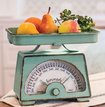 Vintage Inspired Pastel Mint Green Scale Calendar