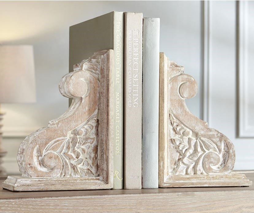 White Wash Carved Corbel Set