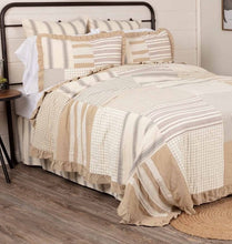 Grace QUEEN Patchwork Ruffled Quilt