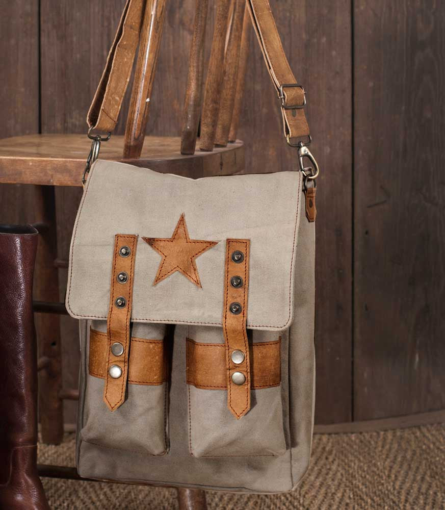 Vintage Inspired Star Saddlebag Purse