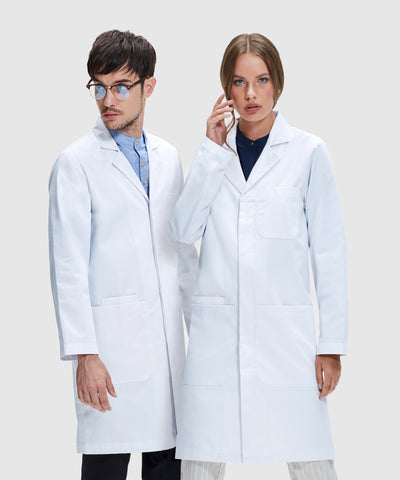 """<img src=""""whitelabcoat.png"""" alt=""""Young professionals in white lab coats"""">"""