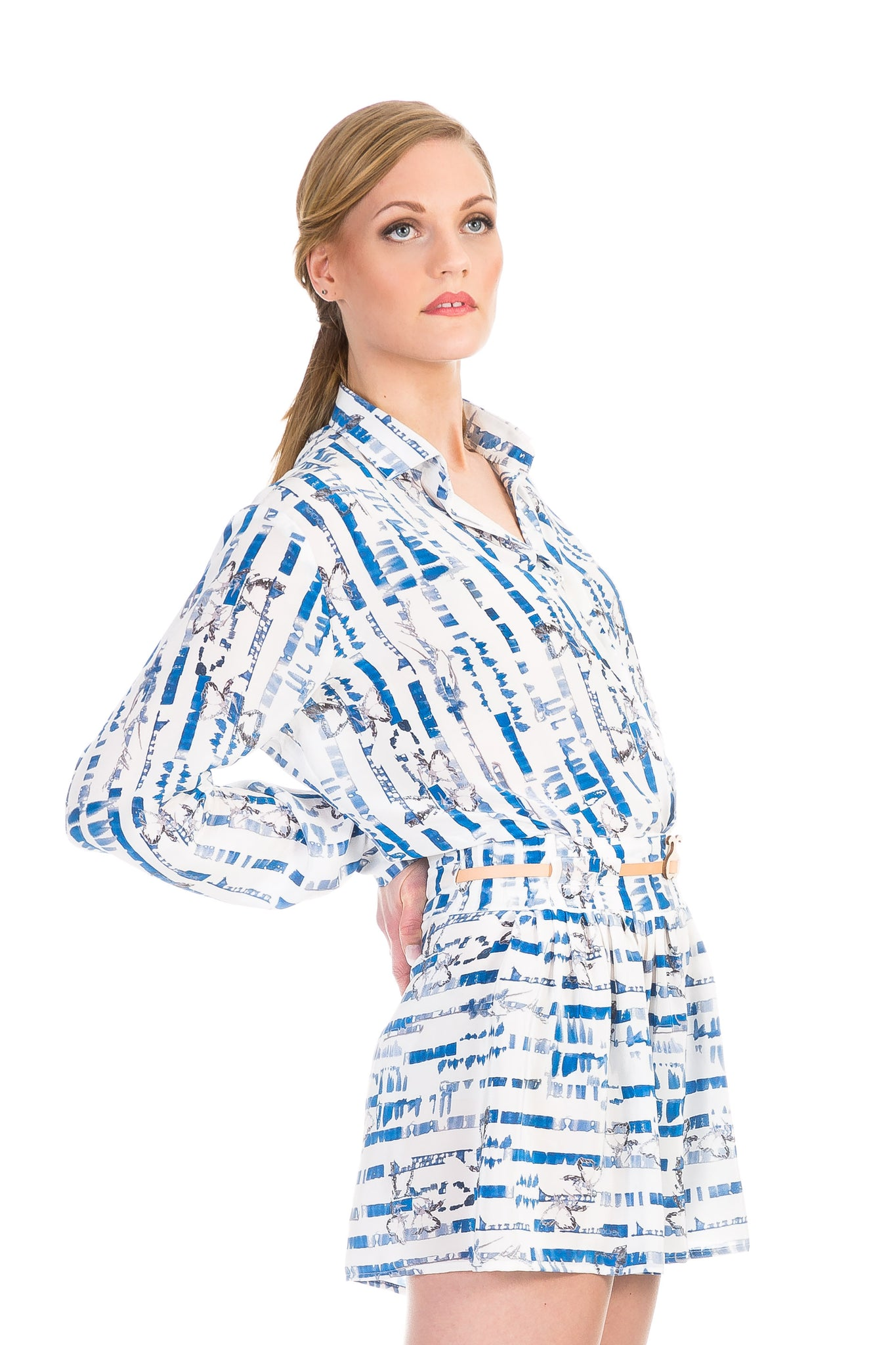 Blouse, Path blue white, silk