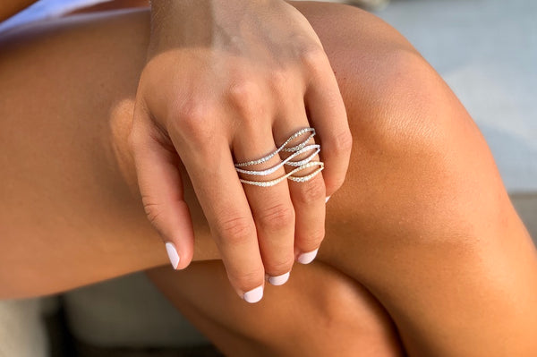 Wavy Two Finger Ring