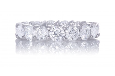 Round Brilliant Diamond Eternity Band with Wave Shared Prong