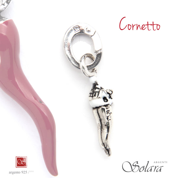 Cornetto piccolo smaltato con Trullo - mm.23