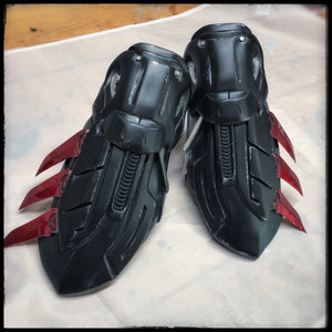 Gauntlets - Batman Arkham Knight