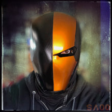 Load image into Gallery viewer, Helmet - Deathstroke Deviant