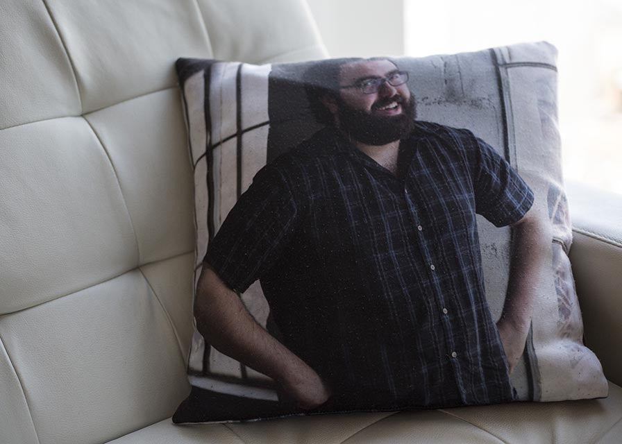 Gino Pillow