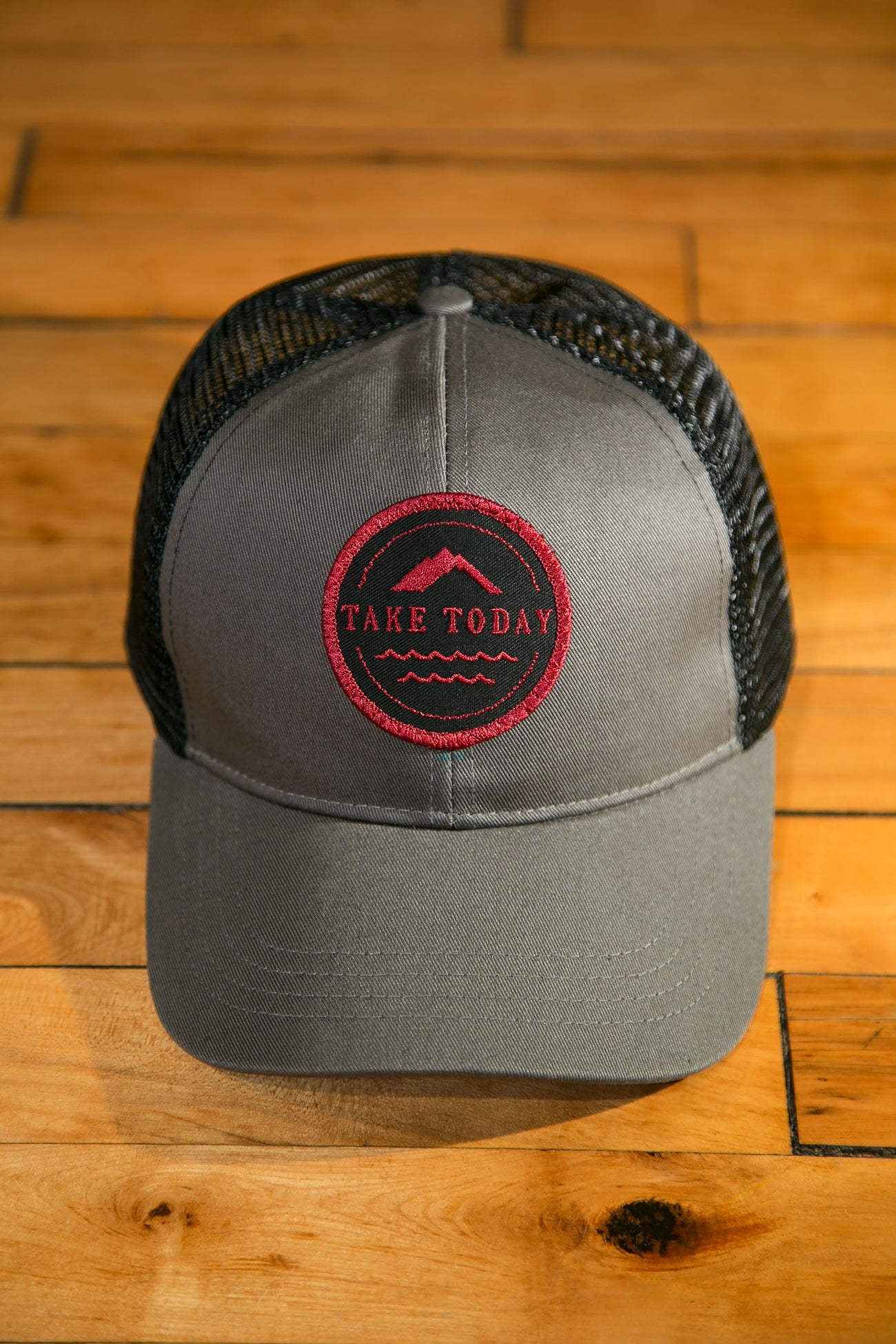 """uptown"" trucker hat in charcoal"