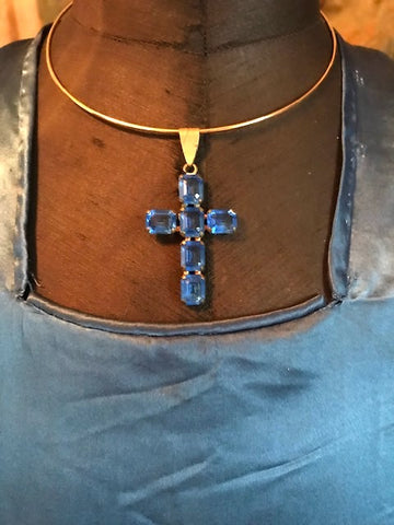 Duchess of Windsor's Style Blue Crystal Cross Copy