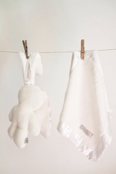 Lily 'n Jack Snuggle Bunny and Blankie Set White and White