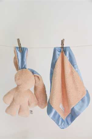 Lily 'n Jack Snuggle Bunny and Blankie Set Caramel and Blue