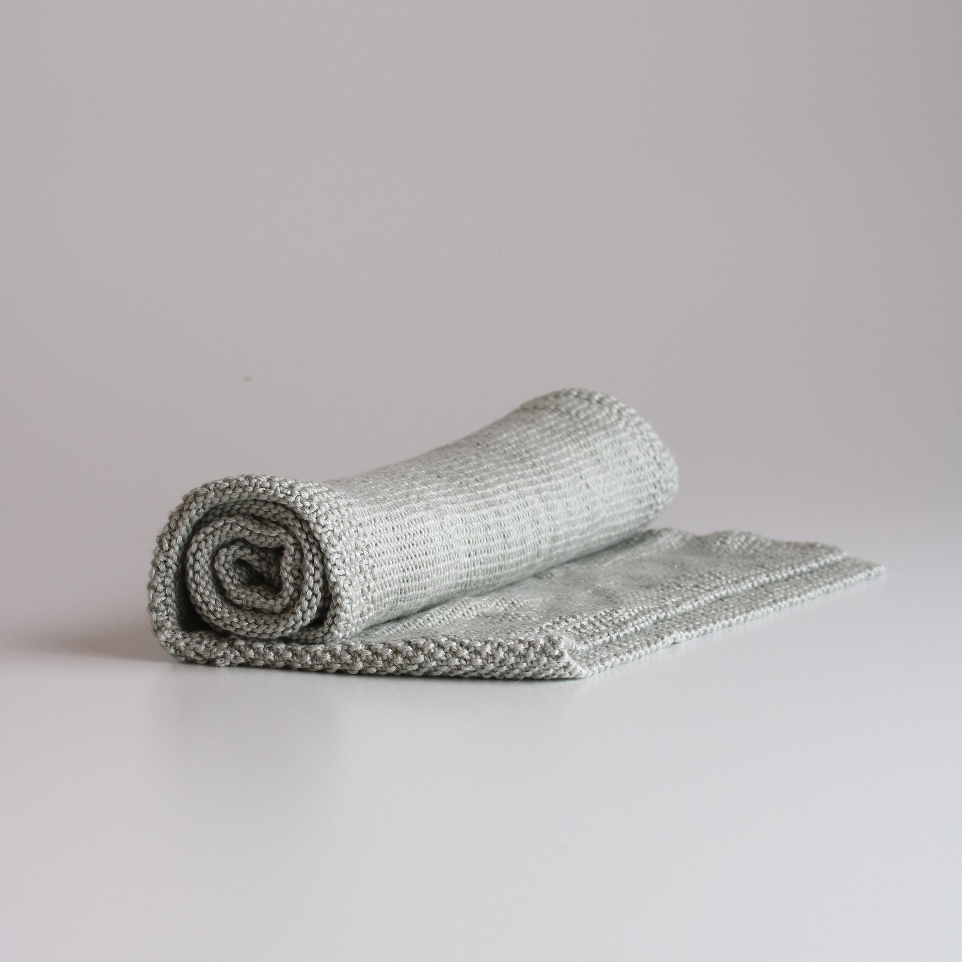 Y'Omi Knitted Bamboo Blanket - Antique Silver