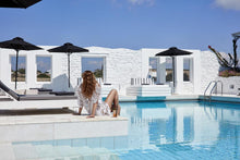 Mr & Mrs White - Paros