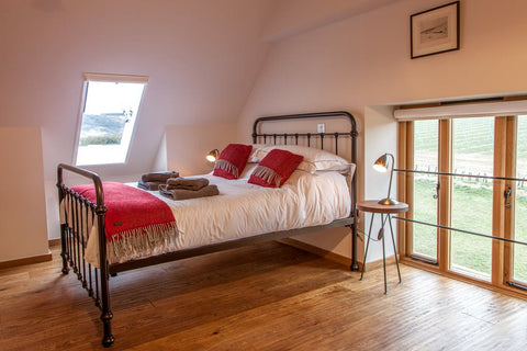 Flint Barns B&B - South Downs