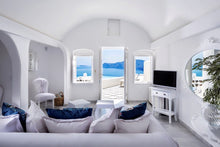 luxury hotel in Santorini