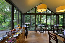 vaulted ceiling breakfast room