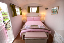 The Pink Hut B&B - Anglesey