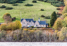 self catering Loch Ness