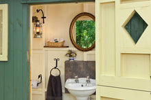 shepherds hut bathroom