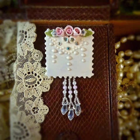 Rosebuds and Lace Pin