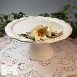 Lily Pedestal Plate