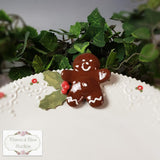 Gingerbread Man & Holly Pedestal Plate