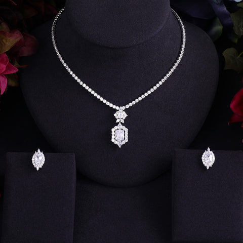 Luxury Earrings and Necklace - Jewelry set