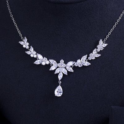 Quality Crystal Earrings & Necklace Set