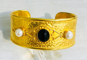 21kt Gold Plated Pearl and Onyx Bracelet, Jaded Jewels